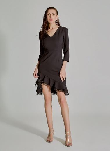 People By Fabrika Dantel Detaylı Elbise Siyah
